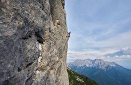 Klettern an der Steinplatte in Waidring, Foto: Michael Meisl |Climbers Paradise