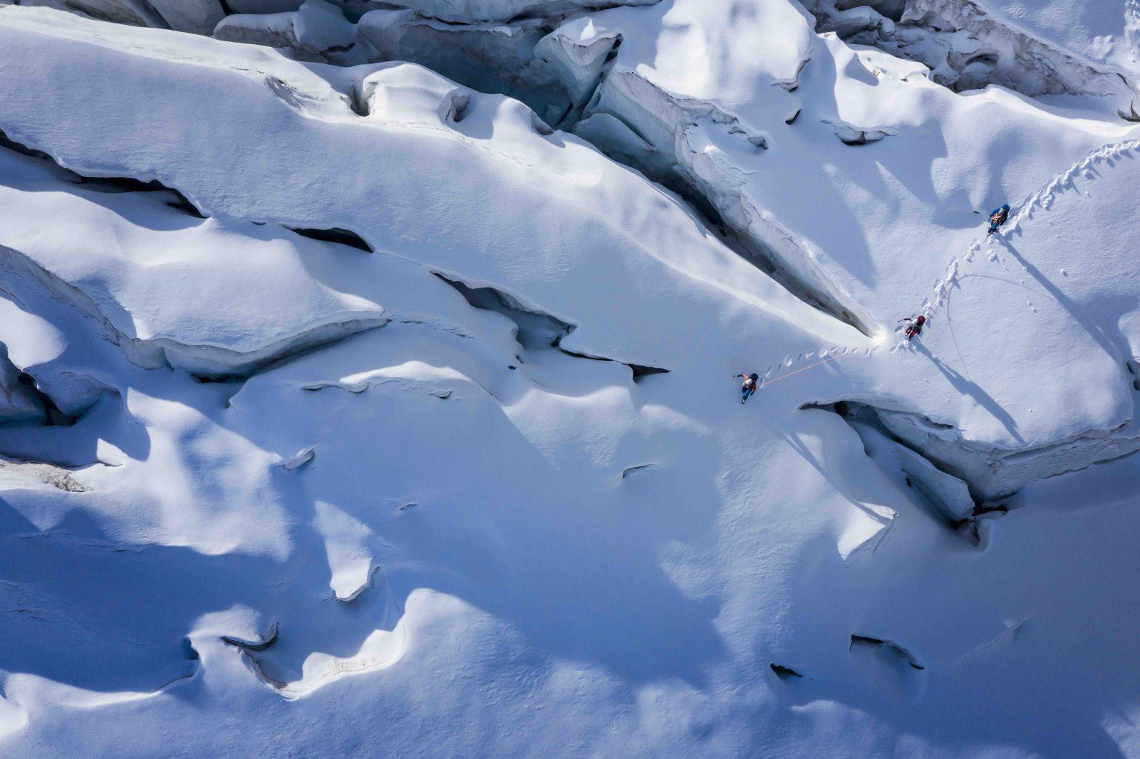 Ice Lab - Unterwegs im Spaltenlabyrinth, Foto: Hansi Heckmair I Climbers Paradise