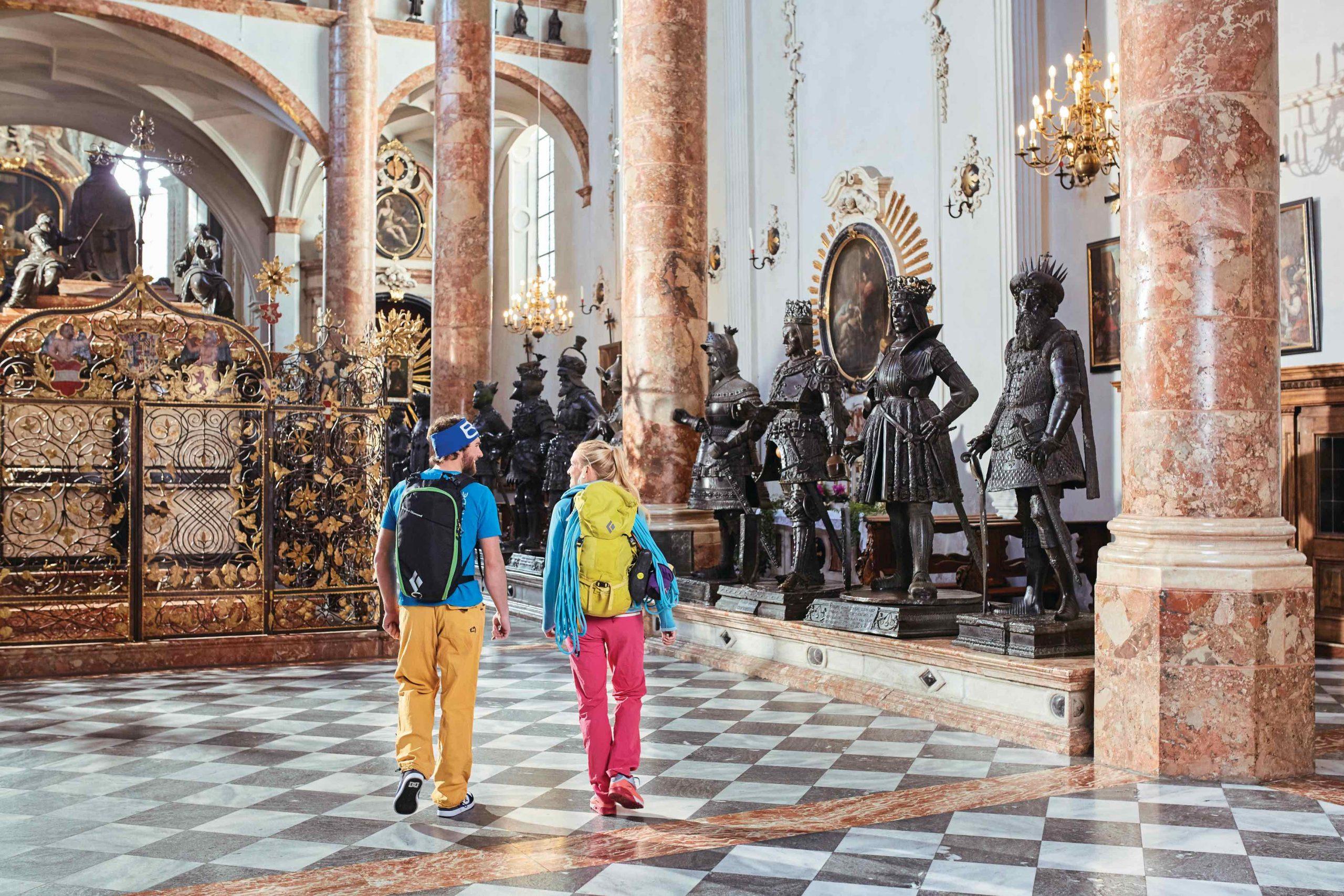 Hofkirche, Foto: Innsbruck Tourismus, Christian Vorhofer I Climbers Paradise