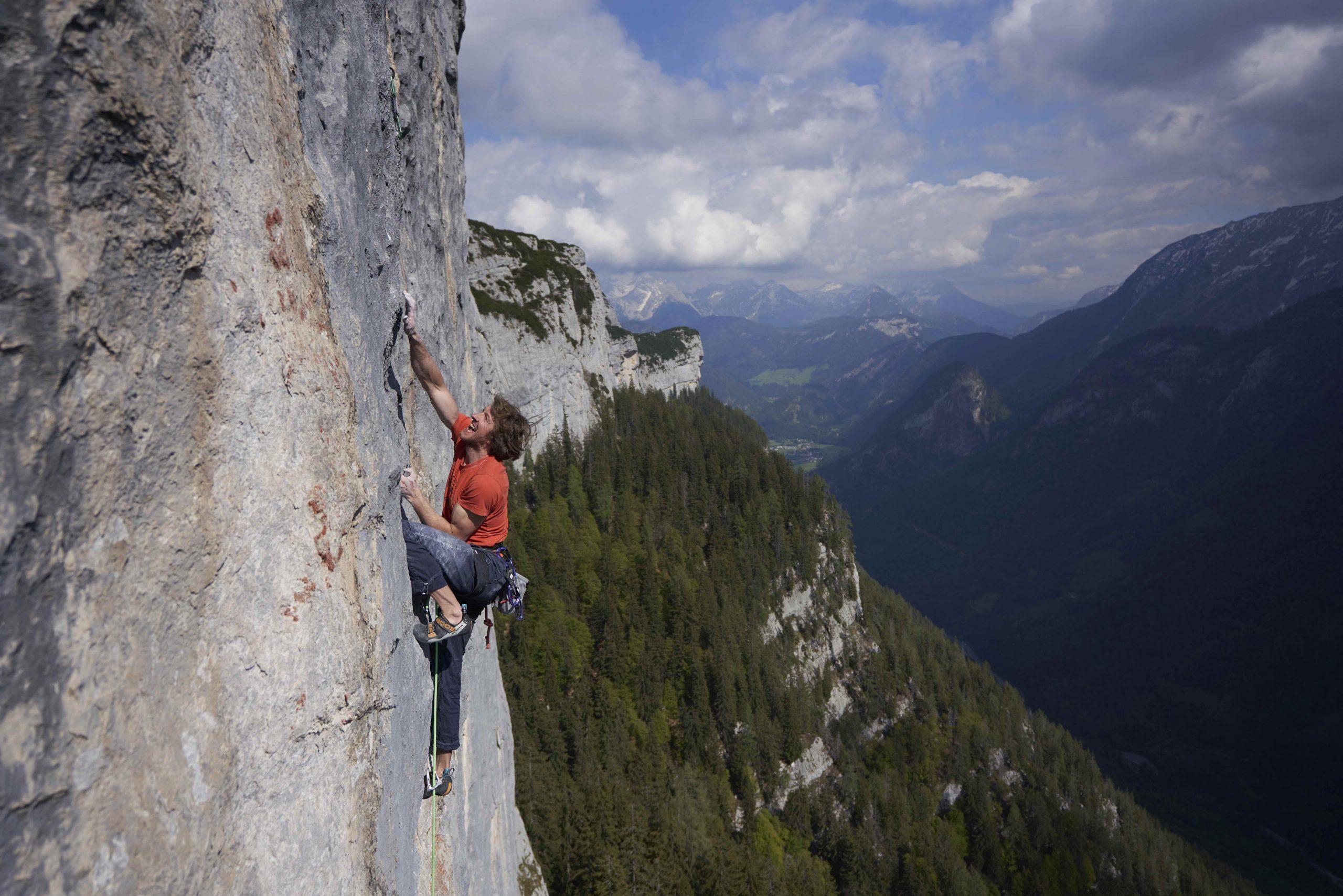 "Markus Bendler in ""A Hiobe"", Foto: Michael Meisl I Climbers Paradise"