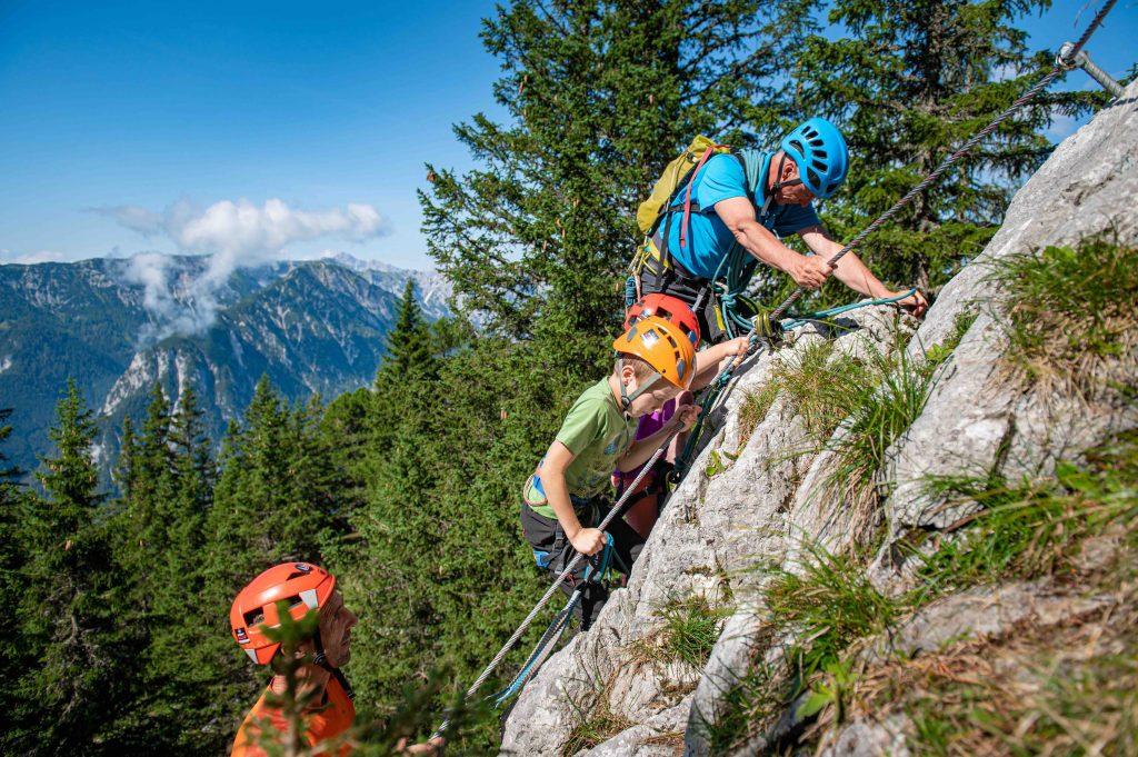Familienklettersteig Felix & Charlotte im Rofan, Foto: Achensee Tourismus I Climbers Paradise