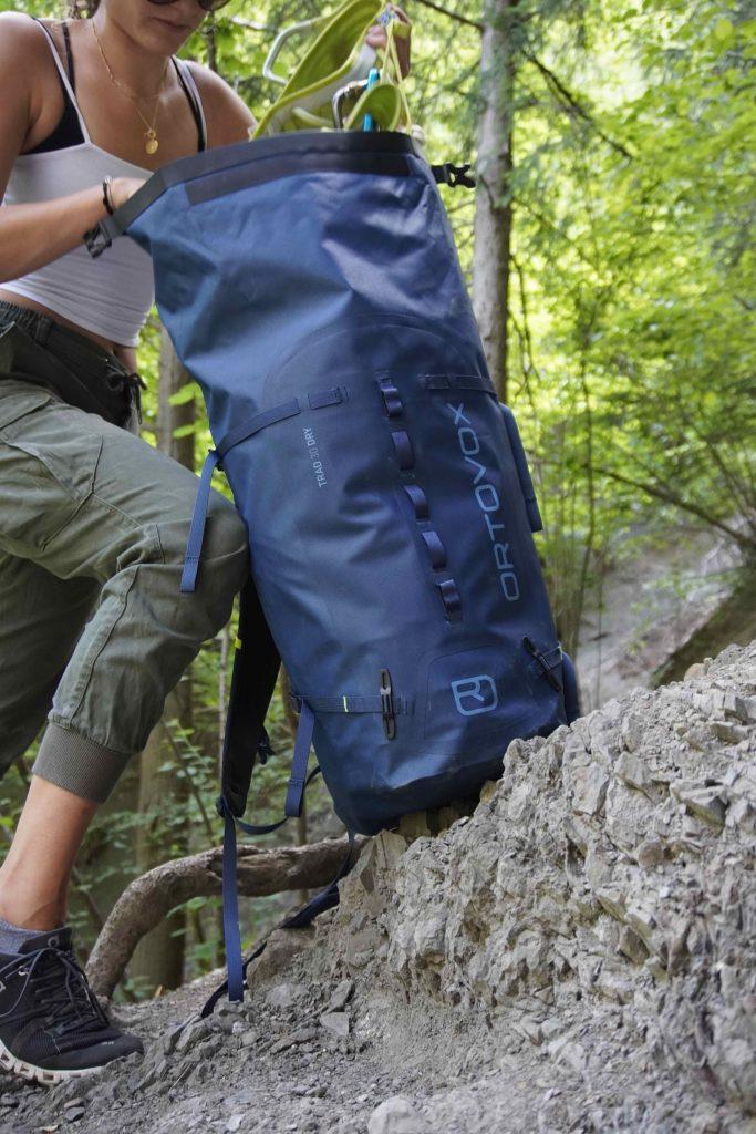 Rucksack für Mehrsseillängentour, Foto: Benjamin Zörer I Climbers Paradise