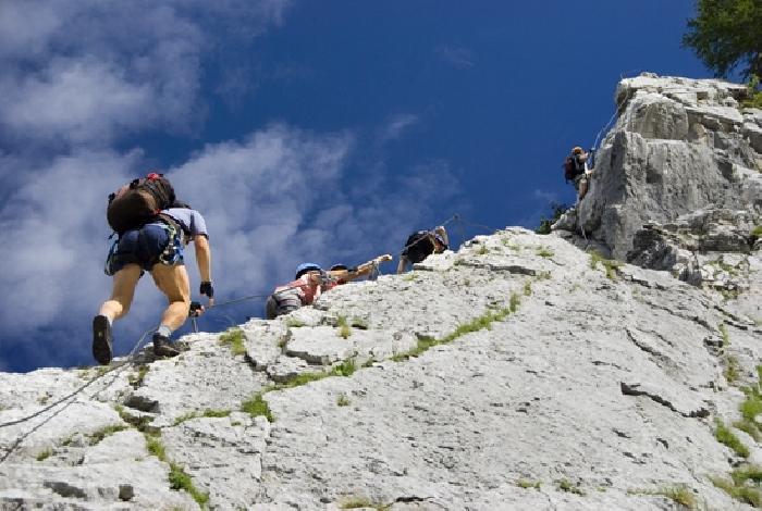 Klettersteig Tajakante : Klettersteige tiroler zugspitz arena